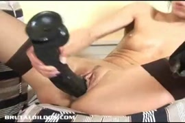 Punish and cumshot in a wet pussy