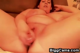 Aussie bbw with huge tits masturbating for me on webcam.