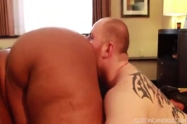 Sexy ebony bbw with huge ass bounces on huge white cock.